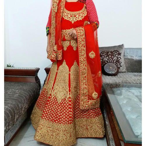 667d1ead38 Red Velvet Punjabi Lehenga Online On Rent, Rs 12000 /piece | ID ...