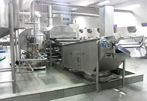 Snacks Processing Equipment Namkeen Namakpara Fryer, For Commercial Use