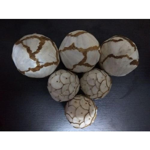 White And Brown Sola And Dried Item And Jute Sola Decorative Balls