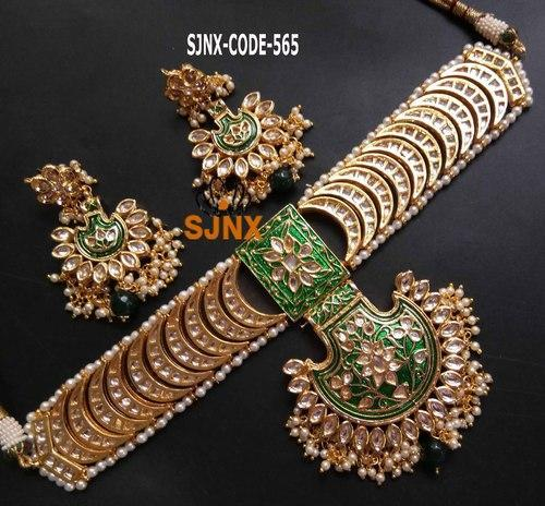 a5e36758ca47c Designer Green Choker Necklace Set