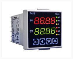 Programmable Temperature Controller - TAIE