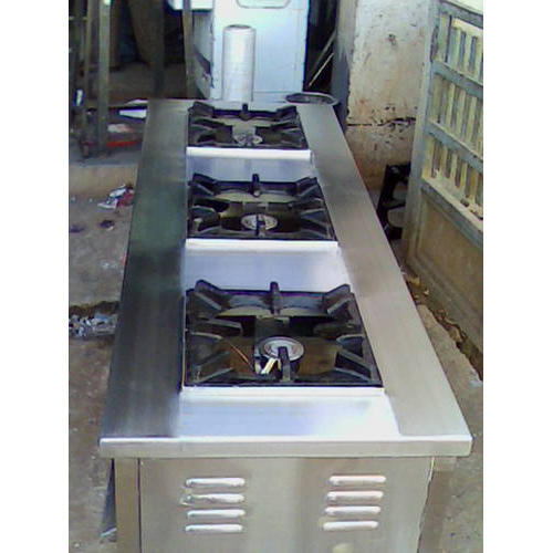 SS Cooking Counter With Three Burner