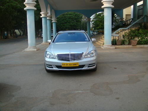 White Benz Car Hire In Bangalore Sv Cabs Id 20049996048