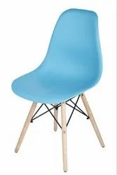Fabric WOODEN FRAME STAFF CHAIR, No Of Legs: Four, Size: 16 X 16