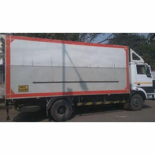 Variable Pan India Truck Transportation Service