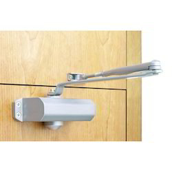 Aluminium Door Closer, Packaging Size: <10 Piece