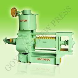 Automatic Coconut Oil Extraction Machine, Capacity: 05-06 Ton, for Soybean Oil
