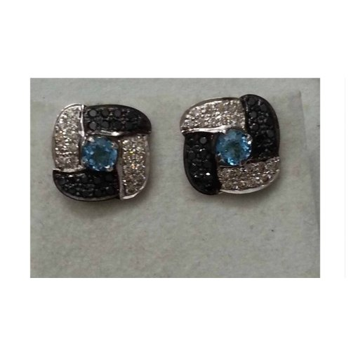 925 Sterling Silver Blue Topaz Earring with Black Diamond