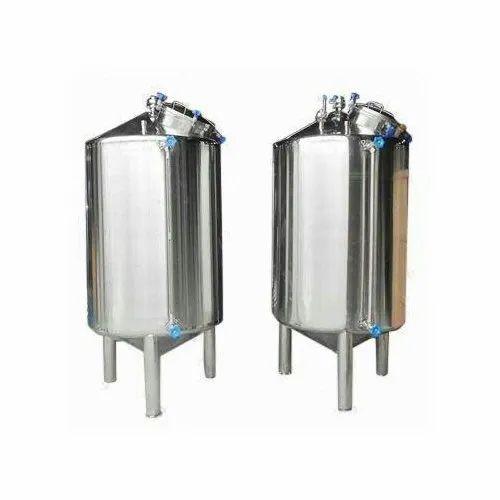 Stainless Steel Water Storage Tank, Capacity: 1000-5000 L, Storage Capacity: 1000-5000 L