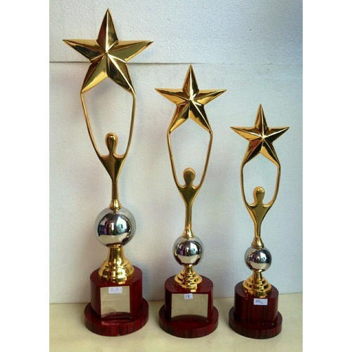 Design Wooden Trophy At Rs 1450 Set