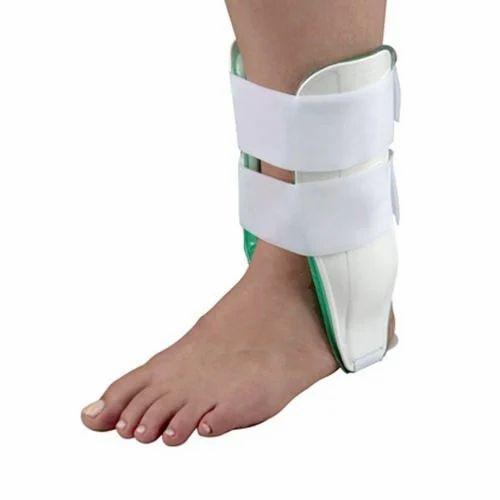 e1ea118abcba White Aircast Ankle Brace