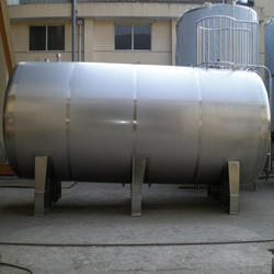 SS Storage Tank with Mirror Finish