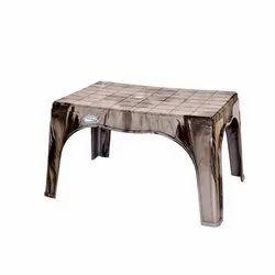 Modern Industries Waterproof Plastic Table, Weight: 3.10 kg, Warranty: 1 Year
