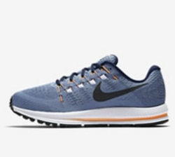 low priced 5db76 437d9 Wmns Nike Zoom Winflo 4 Shoe and Nike Air Zoom Pegasus 34 ...