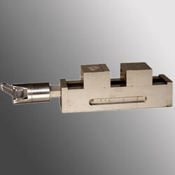 Orcan Self Centering Dovetail Grinding & Milling Vice, For Industrial, Base Type: Fixed