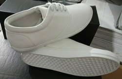 White Sports Boys and ladies canvas shoes, Size: 5