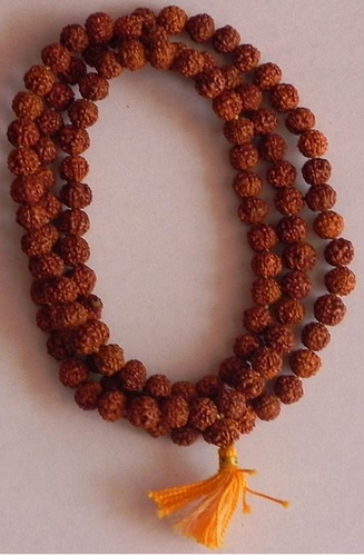 Rudraksha Mala Hand Png : Their size and texture make them great for promoting concentration during meditation.