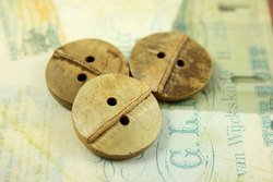 Royal Artisans Bamboo Garment Button