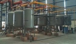 Semi-Automatic Lubricating Oil Re-Refining Plant, 180 KW Per Batch