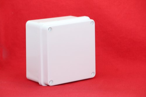 SPE 01 Box Enclosure