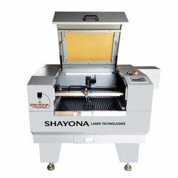 CO2 laser Cutting/engraving Machine