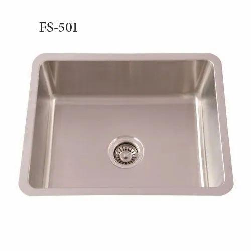 Single Rectangular FS-501 Futura Undermount Kitchen Sinks, Size: 483x432x230 Mm, Finish Type: Satin