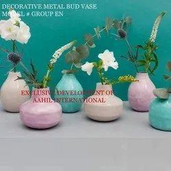 Plain Ceramic Enamel Bud Vase, Shape: Round Shaped