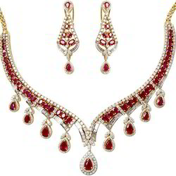 Light Weight Diamond Necklace Set
