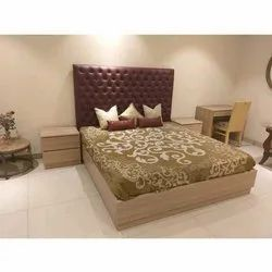 Wooden Designer Double Bed, With Box, Warranty: 1 Year