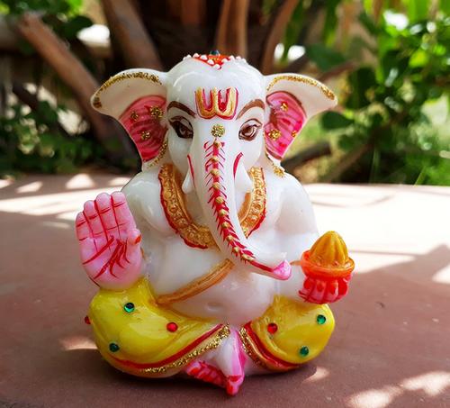 Lord Ganesha Idols Table And Car