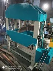 Mild Steel Hydraulic Press Machine, For Industrial, Max Force Or Load: 90-120 ton