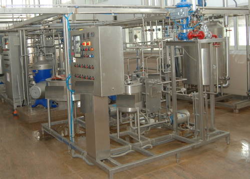 Vertical Orientation 1-2 & 4-5 KL Stainless Steel Reactors, Max Pressure : 0-3 & 3-6 kg