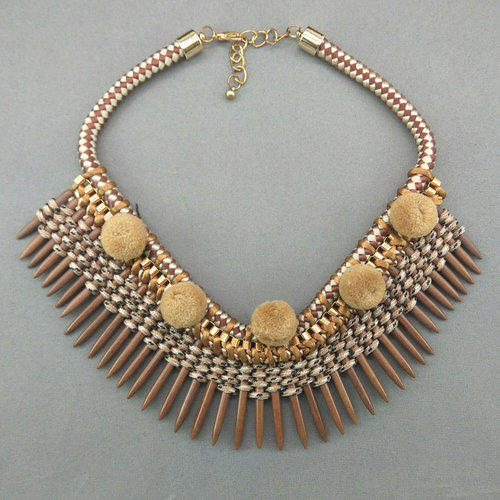 Multi And White Causal Fancy Western Short Necklace 73013