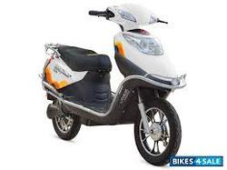Flash E5 Scooters