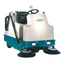 Tennant 6200 Compact Rider Sweeper
