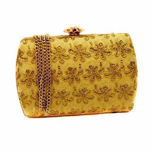 67625c8b4fa Ladies Bridal Clutch Bag