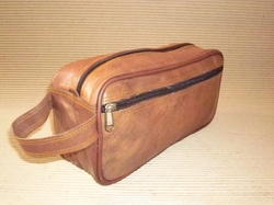 HV Brown Leather Toiletry Bag