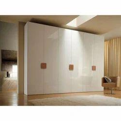 Sadguru Corporation And Wooden And Bedroom Wooden Wardrobe
