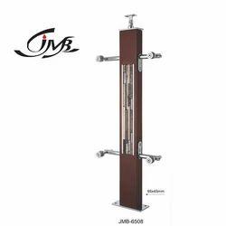 Designer Wooden Pillar