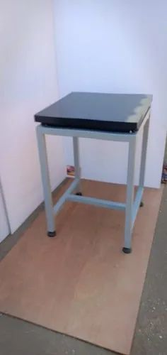 Stainless Steel Anti Vibration Tables For Balances, 35 Kg