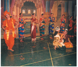 Classical Dance Classes For 20 Year Girl