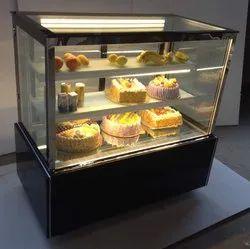 CAKE DISPLAY COUNTER 4 FEET