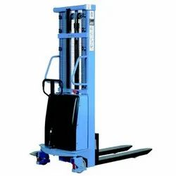 Efficient Performance Electric Stackers