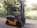 Battery Electric Operated Forklift Rental services