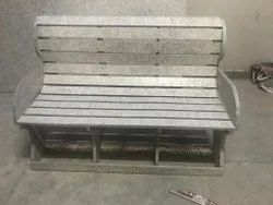 Plastic waste Modern Outdoor Bench, With Back, Size: 4.5 X 2.5 X 3 Ft