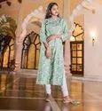 La Firangi Women Green Floral Print Kurti