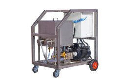 SKY1315EHT High Pressure Electric Cold / Hot Water Jet Machine