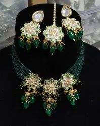 Kundan Necklace Set With Earrings And Tika