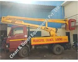 Truck Mounted Boom Lift For Light Repairing