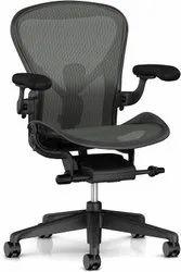 Fabric Herman Miller Office Aeron Chairs, Graphite